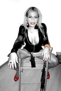 Mistress TransMistress Violet Ts