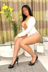 GirlChanel Latina